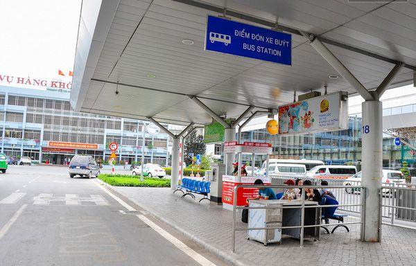Điểm đón xe bus Tân Sơn Nhất