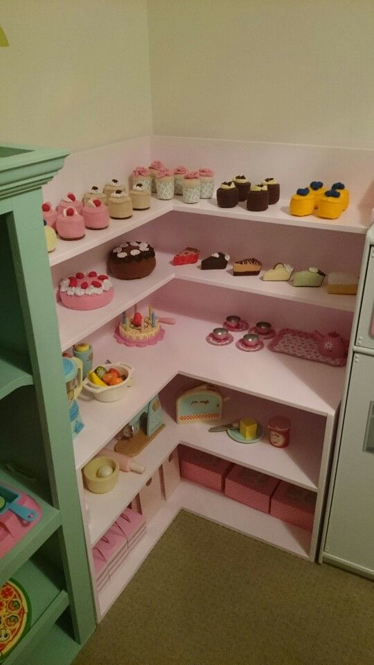 Cafe bakery pretend play pretend store pinterest - Idees creatives chambres feront retomber en enfance ...