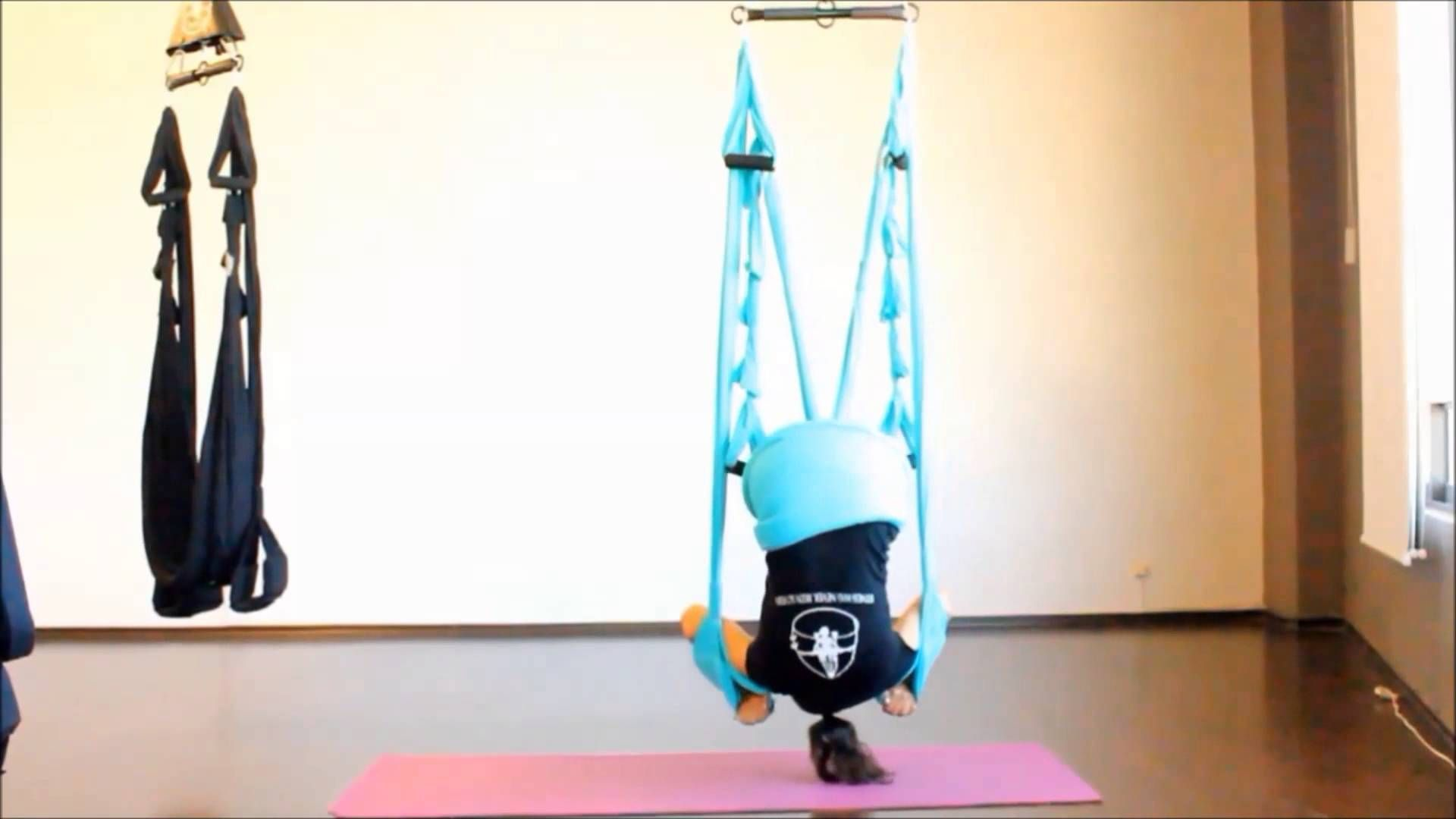 Aerial Yoga Swing Somersault Crunch Flow Preview