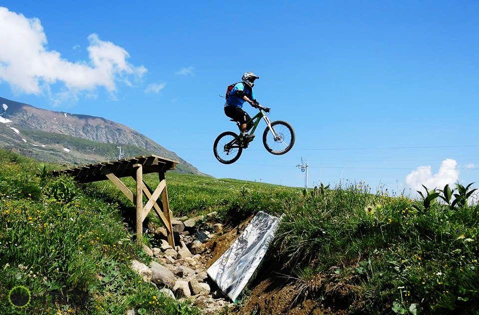 MTB gap jump in Alpe d'Huez