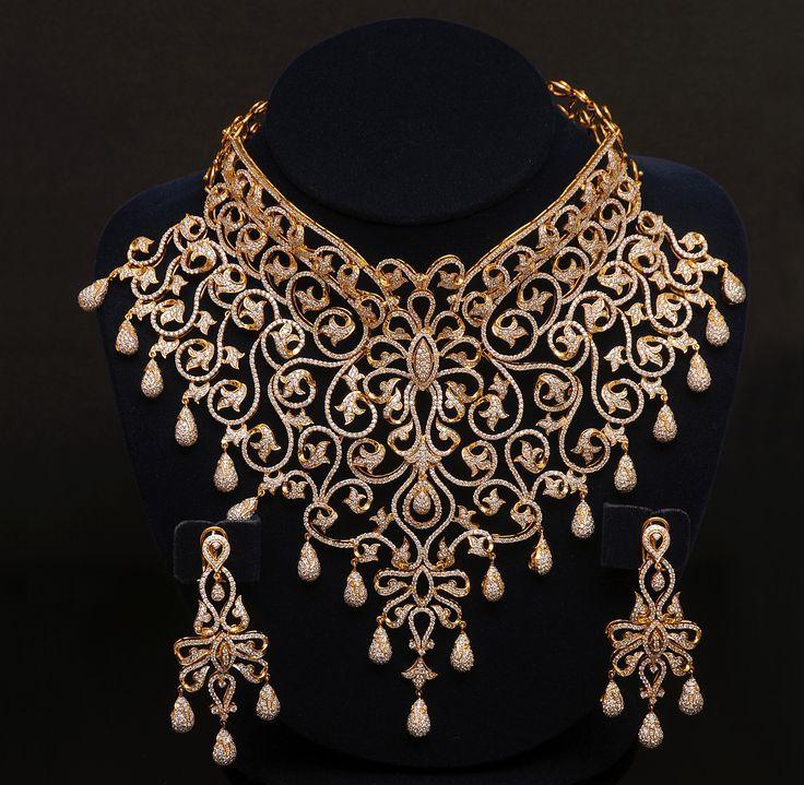 diamond and gold choker set. I normally don\'t like/wear gold, but ...