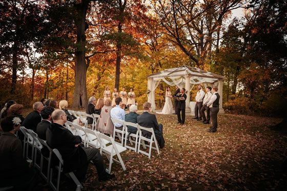 We Absolutely Love This Beautiful Wooded Ceremony Site At The Grove Redfield Estate In Northwest Chicago