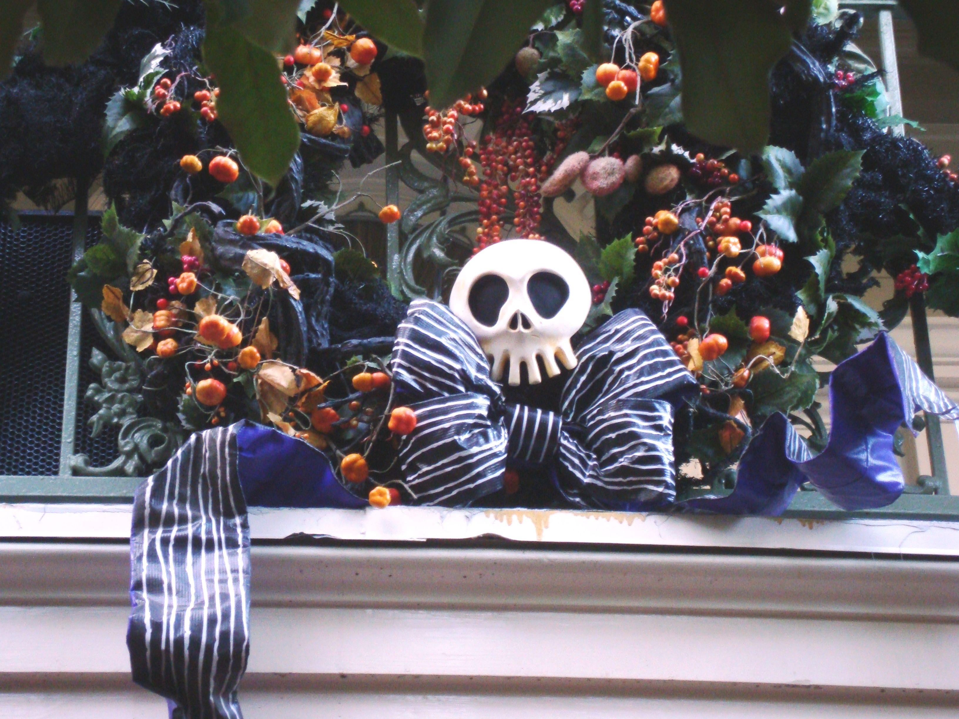 Halloween Decorations At The Haunted Mansion