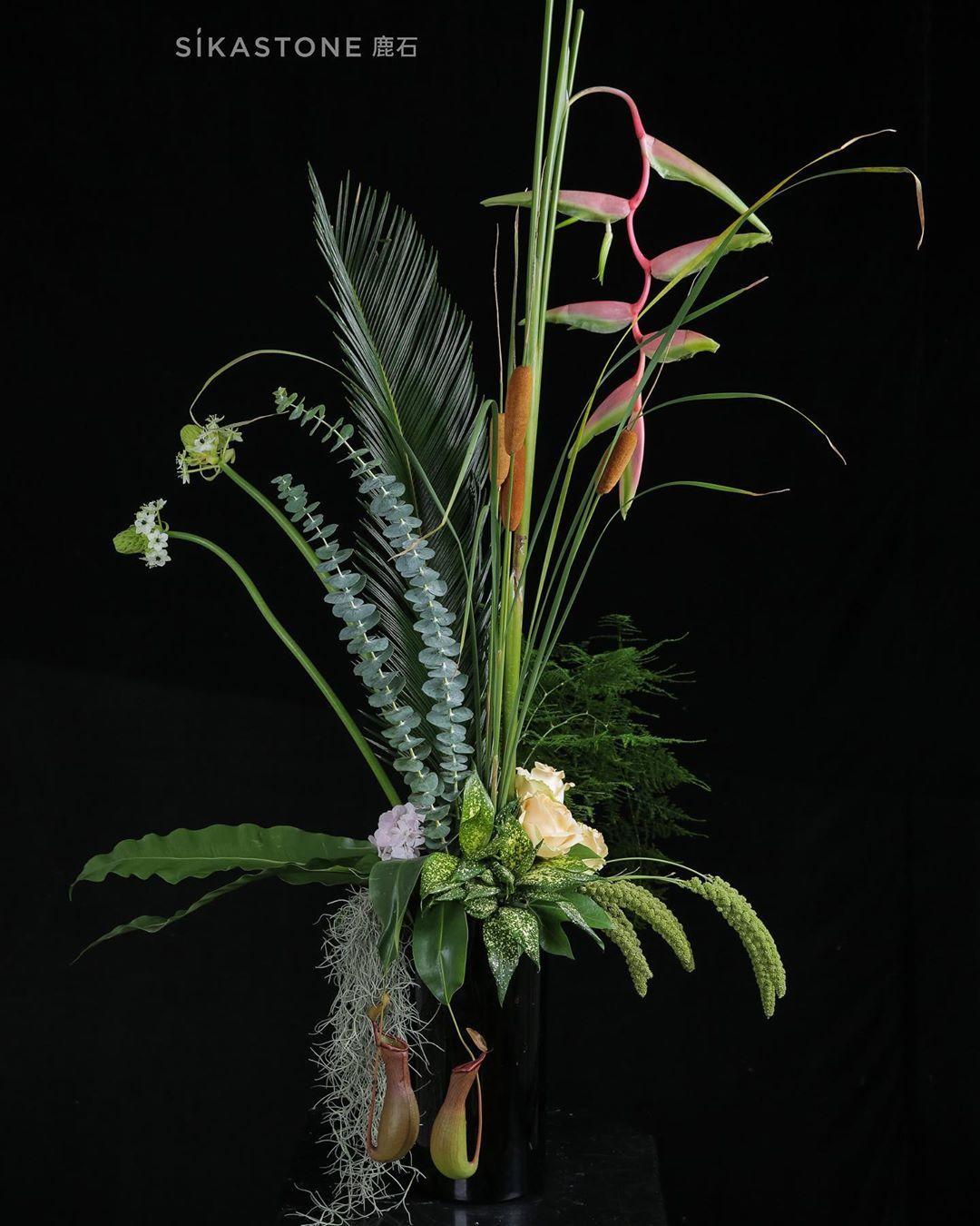 Sikastone Floristry Education On Instagram Fundamental Floral Design Course Worksfrom Jan A Design Course Large Floral Arrangements Floral Arrangements Diy