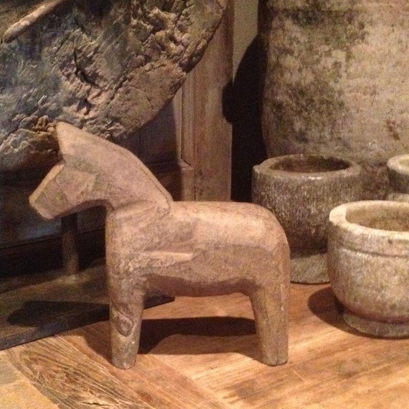 Landelijk Stenen Beeld Beeldje Paard Paardje Houten Paard Paarden Woonkamer Decoratie