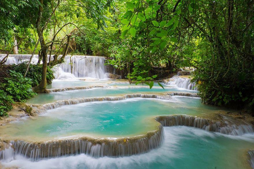 28 Des Plus Belles Cascades Et Chutes D Eau Au Monde Chute D Eau Paysages Magnifiques Laos