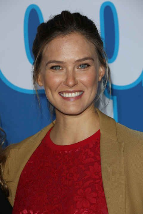 Bar Refaeli at the 2016 People Style Awards.