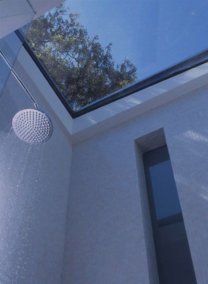 Love This Glass Roof In The Shower Idea Wall Shower Room Glass Roof Skylight Window In Shower