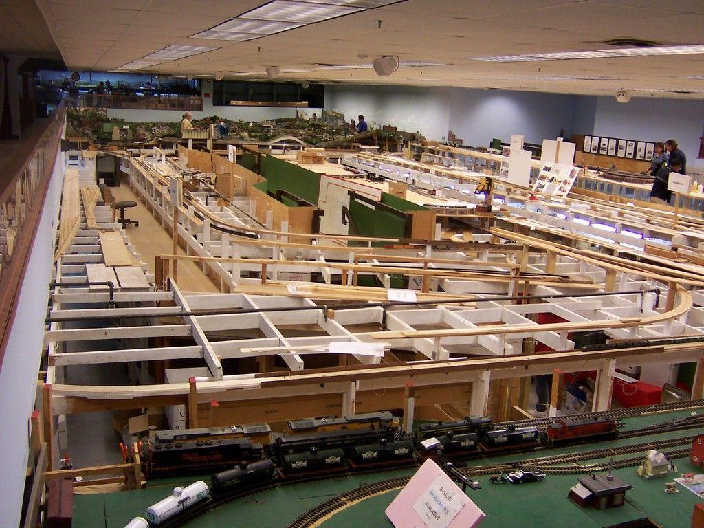 Model trains model train buildings model railroad n for Model building plans
