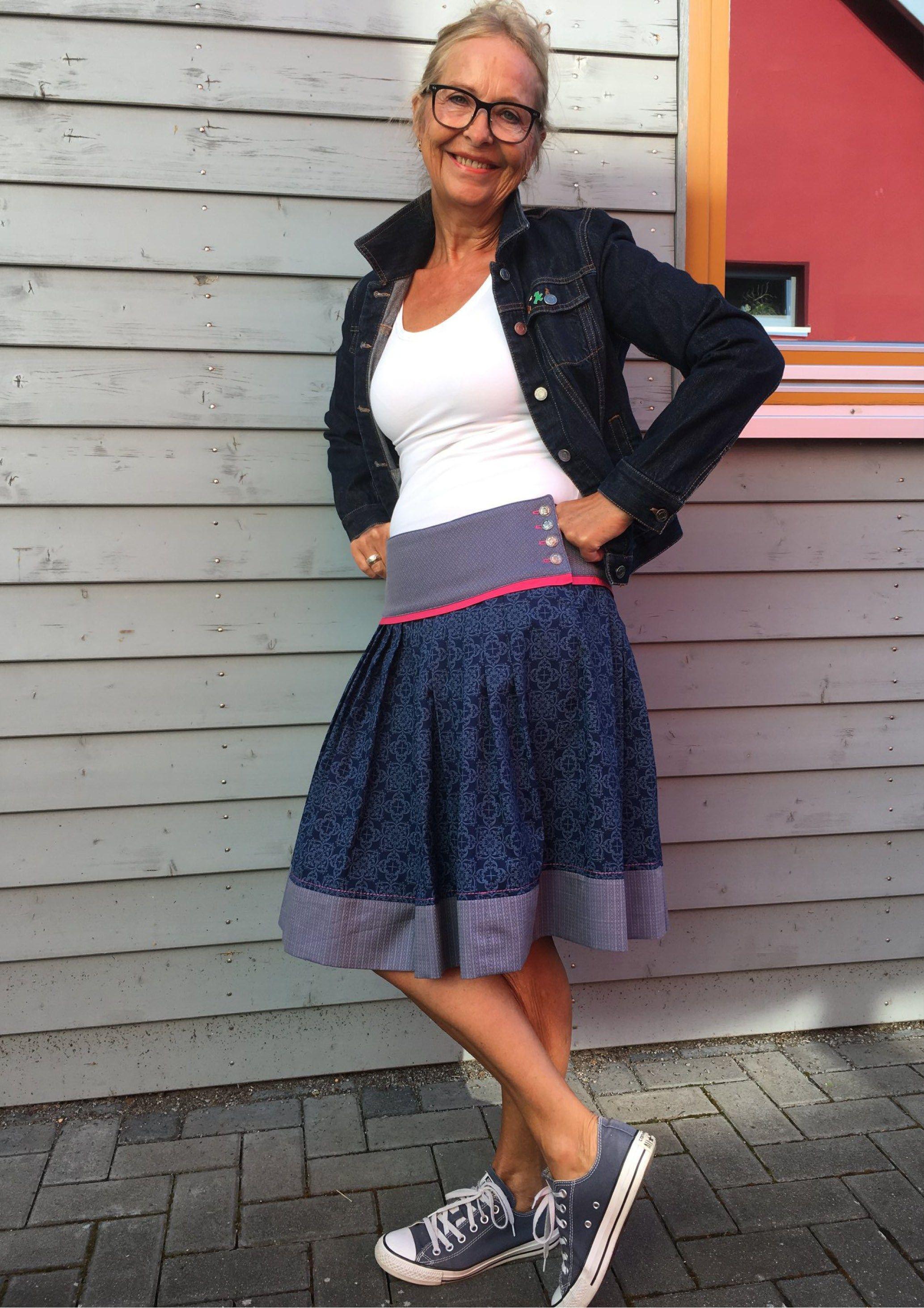 Patron de couture et instructions de couture Jupe traditionnelle Lisbetta en taille. 32-46   – Nähen