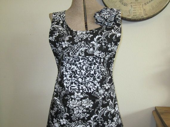Black and white full apron by jbuskey on Etsy, $30.00
