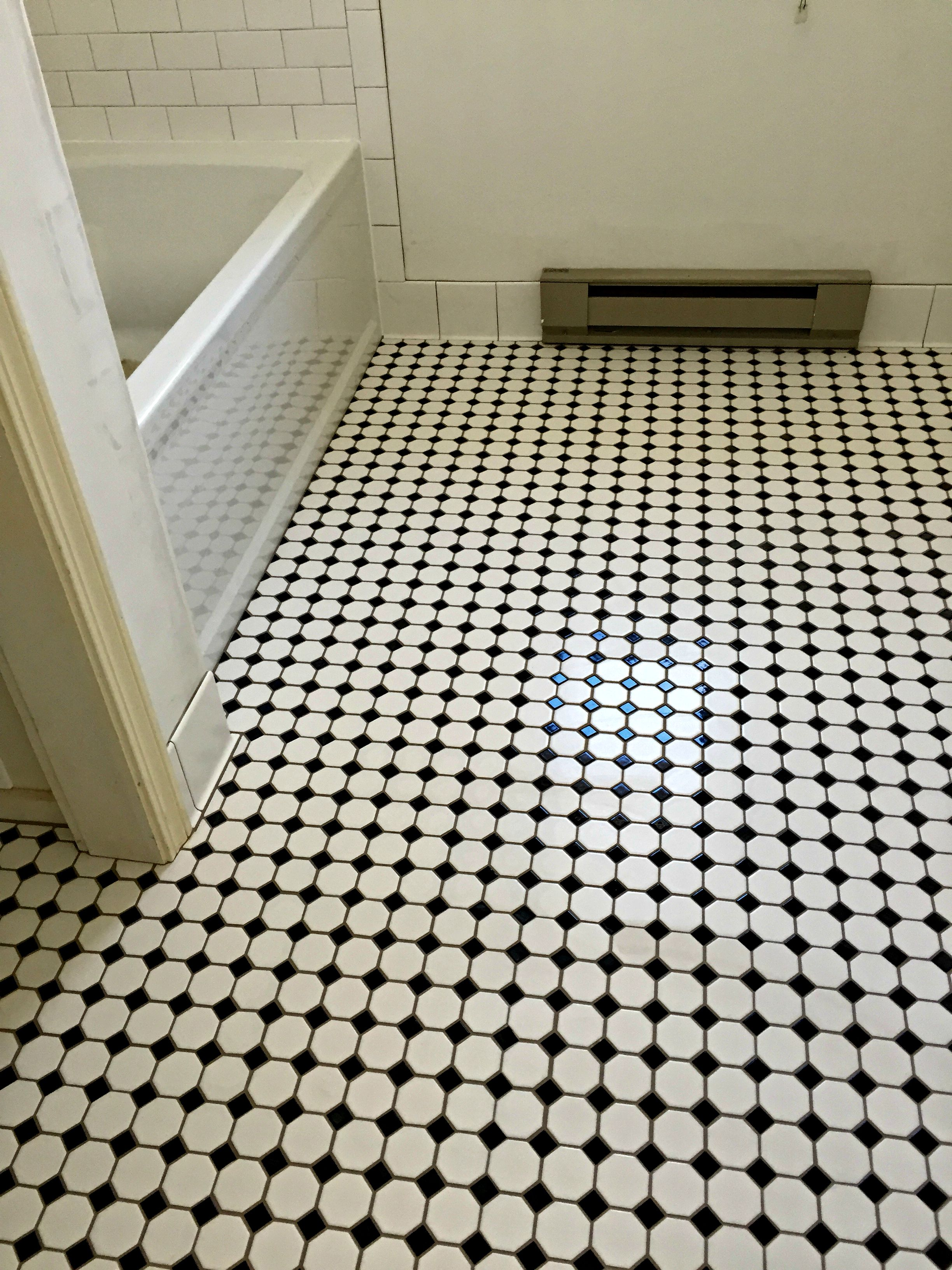 Bathroom Floor: Daltile Octagon & Dot Mosaic w/ Black Dot. Bath ...