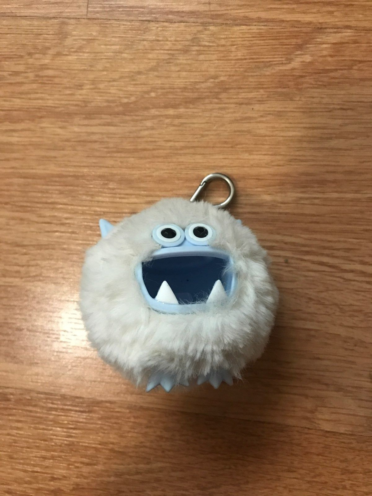 Yeti Bath And Body Works Hand Sanitizer Holder Great Condition