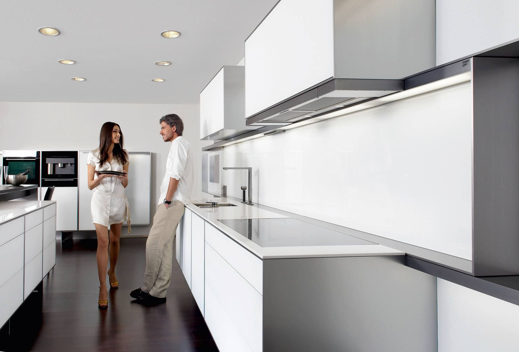 Poggenpohl Porsche Design Kitchen Hausscape Beach House - Cuisine poggenpohl