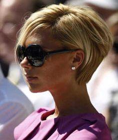 15 Victoria Beckham Blonde Bob Hairstyles Bob Haircut And Hairstyle Ideas Beckham Frisur Frisuren Kurze Haare Blond Victoria Beckham Frisur