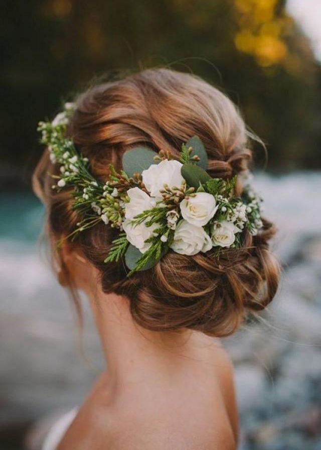 Pomyslowa Panna Mloda Fryzury Slubne Romantyczne Upiecie Wlosow Delikatne Fryzury Slubne Winter Wedding Hair Flower Crown Hairstyle Best Wedding Hairstyles