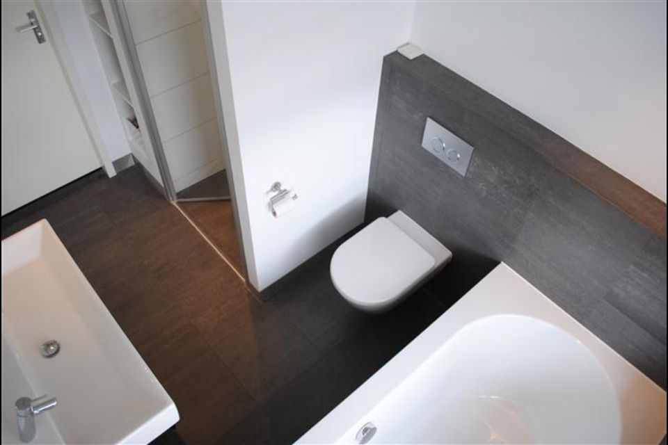 Nette badkamer kleine ruimte | Badkamers | Pinterest | Bathroom ...