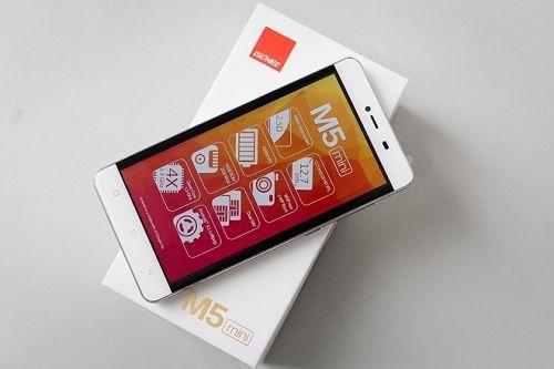 Smartphone Gionee M5 Mini pin khung gia tot