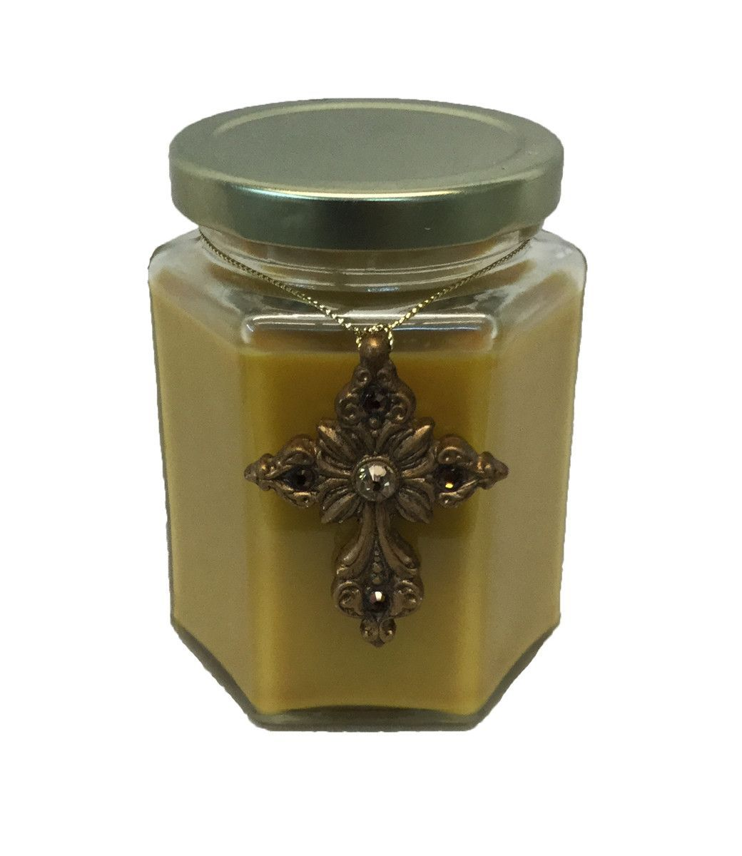Christmas Candle 9 oz. Winter Dreams Fragrance Gold