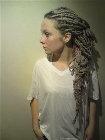 Google Image Result for http://13336.vgb.no/files/2009/06/garn-yarn-dreads-oslo-studio-africa-2.jpg