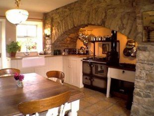 5 Finishing Touches To Make Your Home Feel Like An Irish Cottage Irish Kitchen Decor Irish Cottage Interiors Country Kitchen
