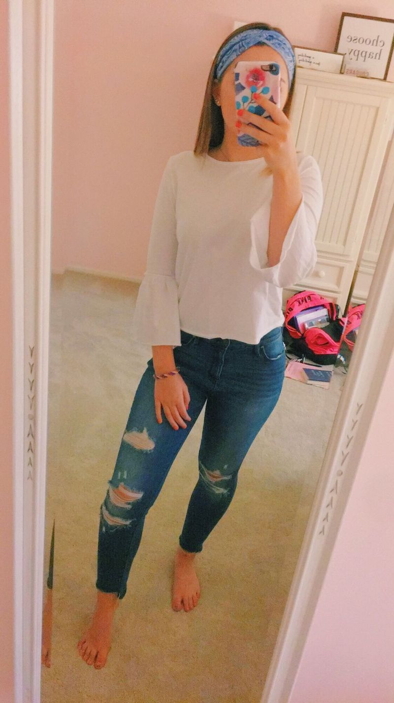 37+ Attractive Casual Spring Outfits Ideas for Women - Explore Dream Discover Blog