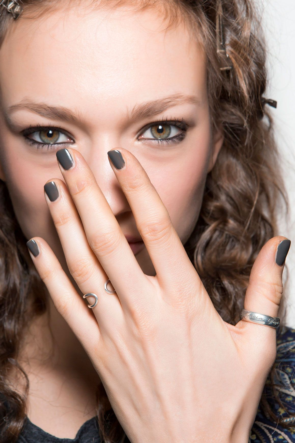 9 Gorgeous Manicures To Try On Your Next Date @thezoereport