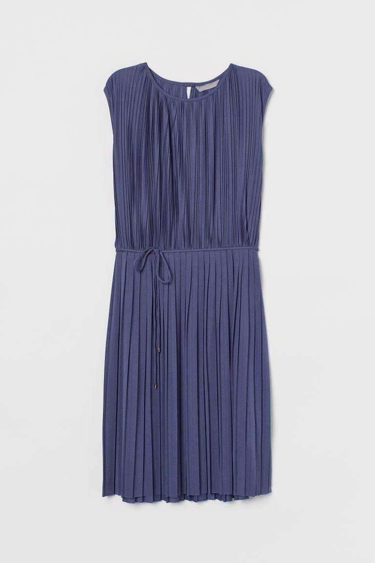 Plissiertes Kleid  Dresses, H&m