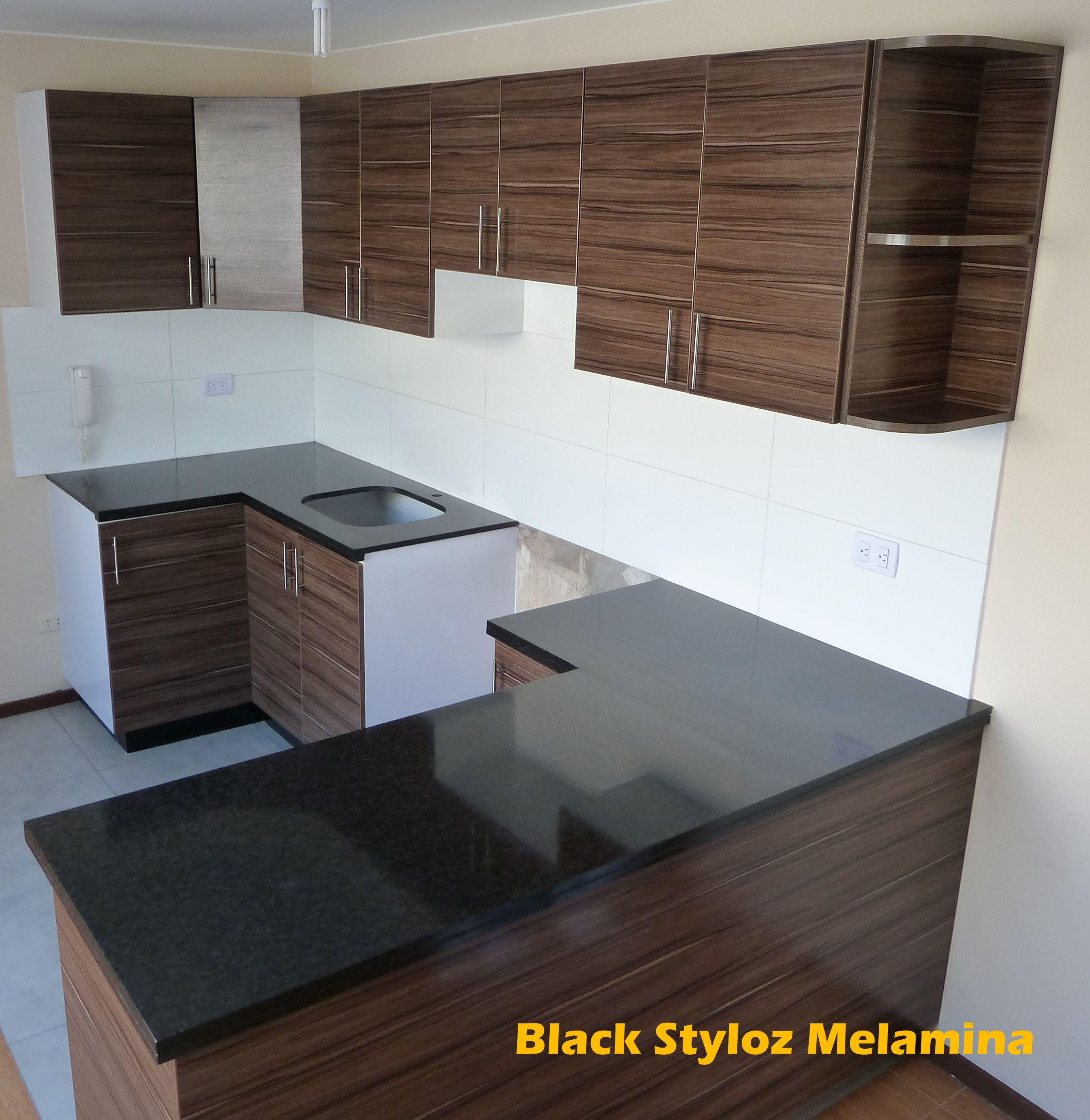 Puertas en melamina ebano tablero de granito negro for Cocinas con granito gris