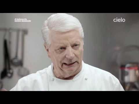 Photo of A lezione da Iginio Massari | Pan di Spagna – YouTube Le vog