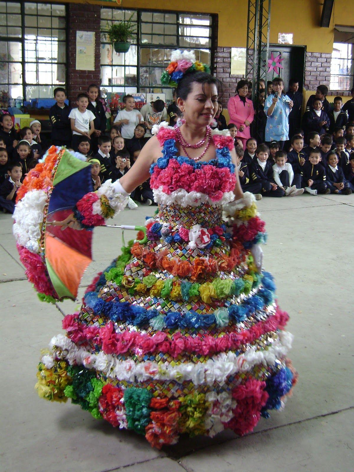 vestidos de material reciclado - Buscar con Google | disfarce ...