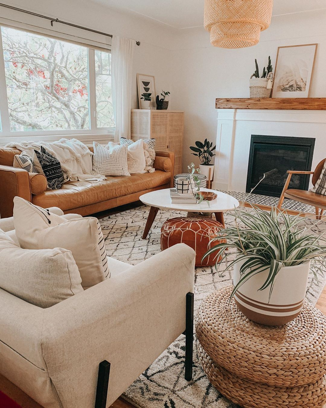 C L O E T H O M S O N On Instagram Ok But For Real Drop Your Trusted Fruit Fly Trap Recipes Guys In 2020 Living Room Inspo Boho Living Room Home Decor Inspiration