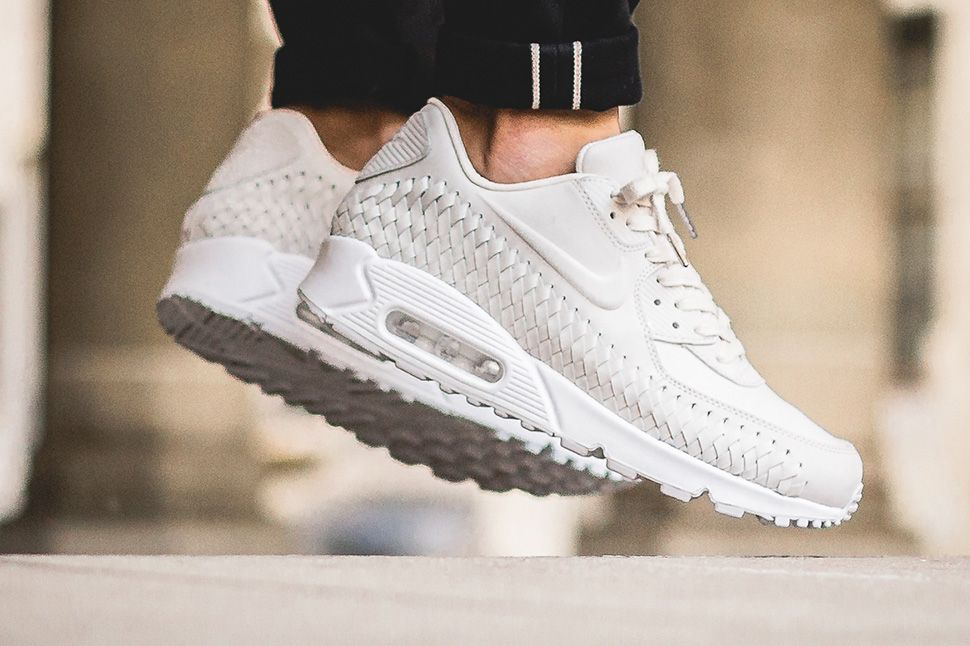 new concept c2446 16ace Nike Air Max 90 Woven On-Foot Preview - EU Kicks Sneaker Magazine