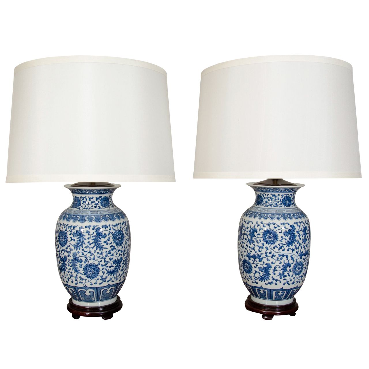 1stdibs Pair Of Blue And White Porcelain Chinese Ginger Jar Lamps