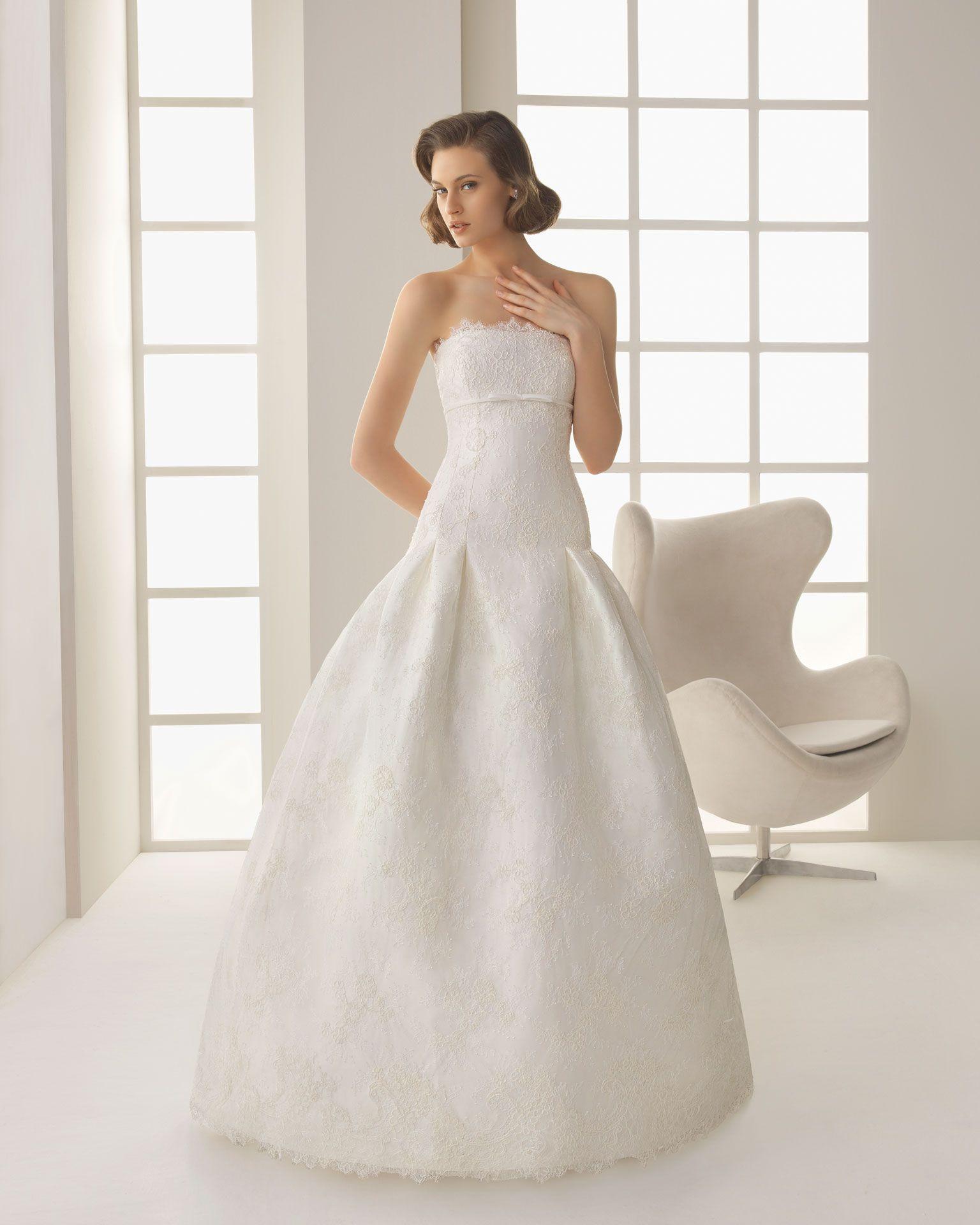 DANGELO - Vestido de organza royal y pedrería en color marfil 709 ...
