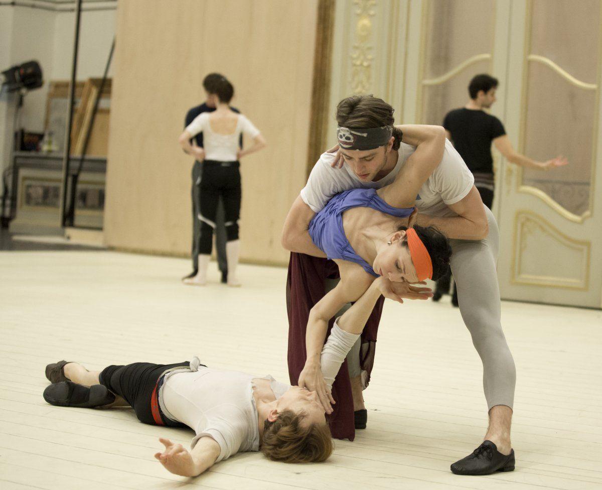 Sneak peek at Wheeldon's Strapless for The Royal Ballet with Osipova, Cuthbertson, Watson and Ball -  Natalia Osipova, Matthew Ball and Edward Watson – photo by Andrej Uspenski , ROH