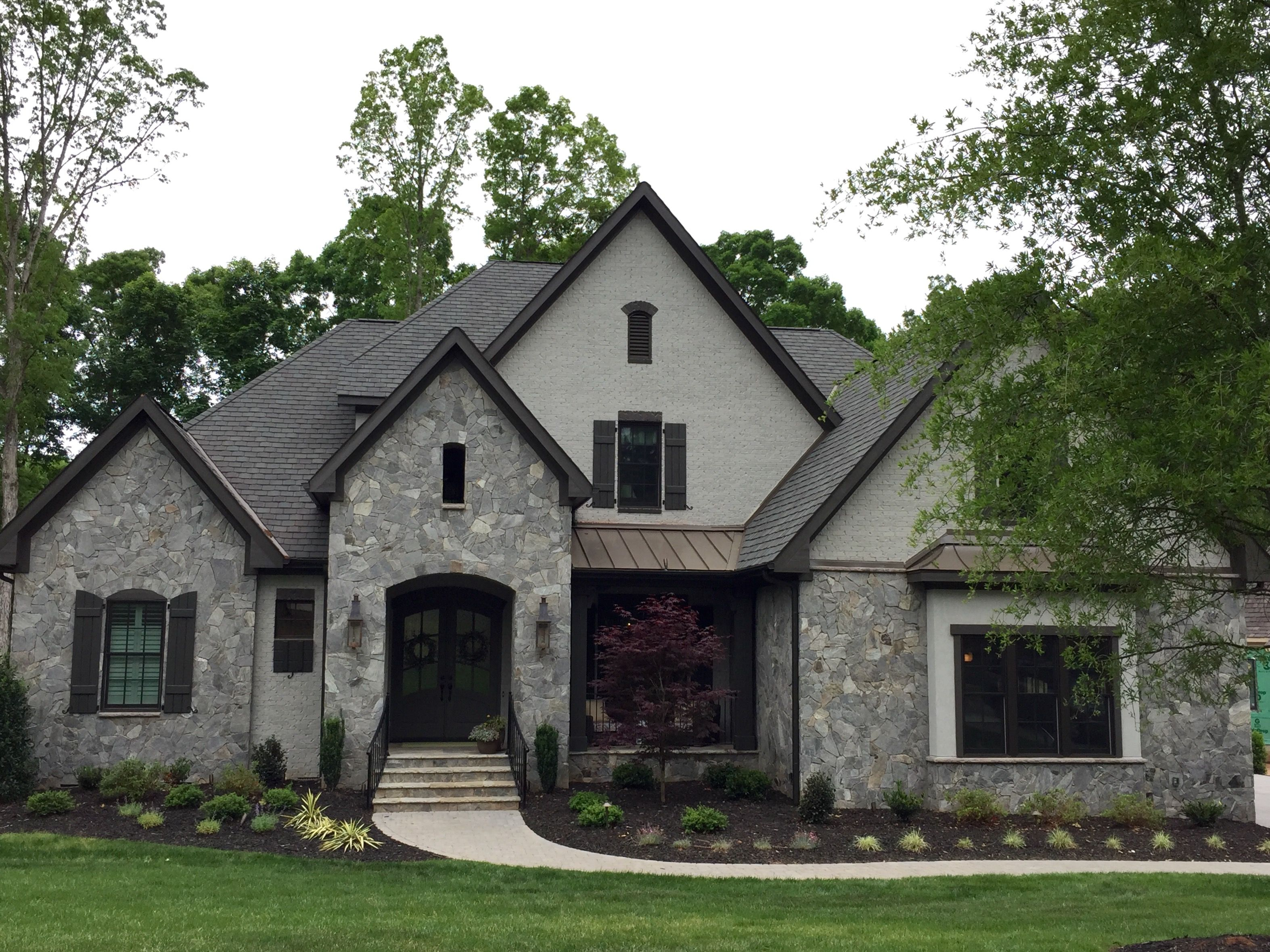 Arh plan asheville 1131f exterior 42 stone dove gray gray mortar brick painted sw7023 - Grey painted house exteriors model ...