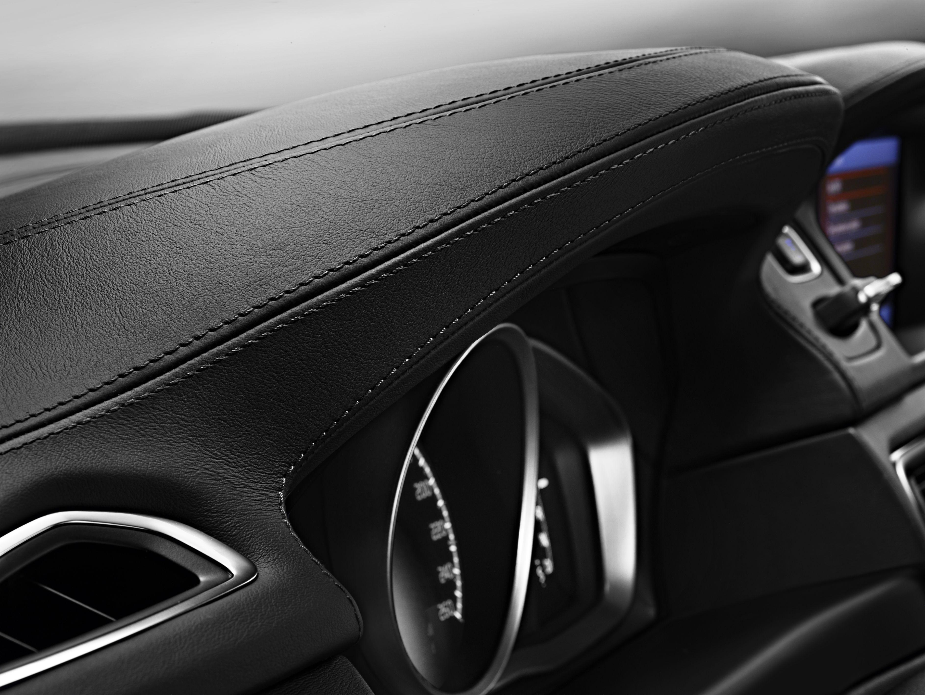 Volvo XC70 interieur | Auto upholstery Ideas & Pointers | Pinterest ...