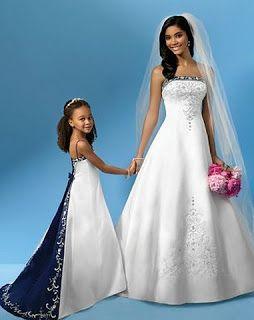 d9eaeba54e7 Wedding Dresses with Blue Trim