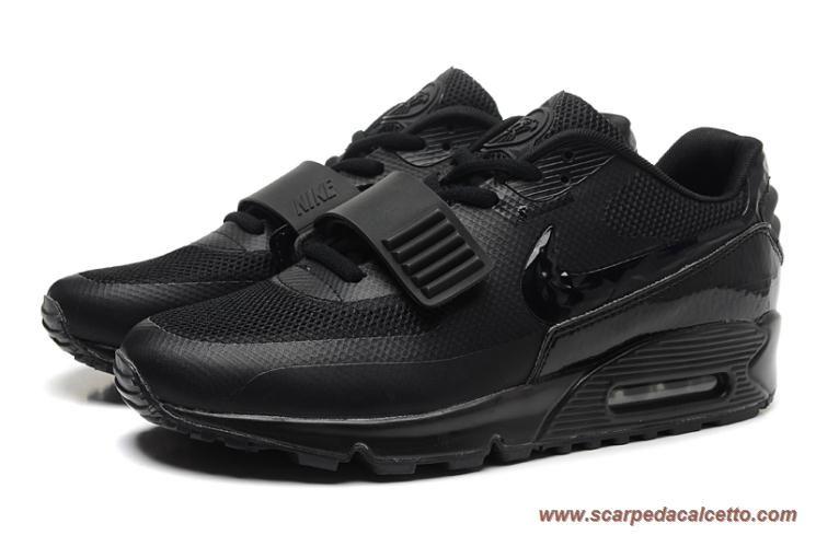 separation shoes 1232d 3f3b6 Uomo-Donna All Nero Nike Air Max 90 Yeezy 2 design by Blkvis 508213-007  palloni da calcio