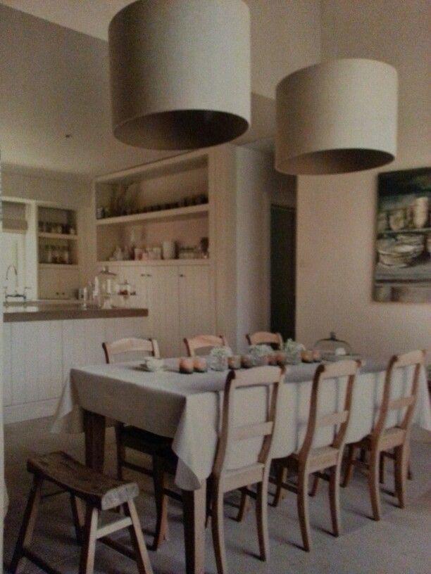 ★ Mooie keukentafel + lampen