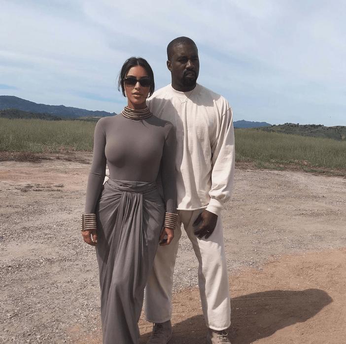 Are Kim Kardashian And Kanye West Sleeping In Separate Bedrooms Kim And Kanye Kim Kardashian And Kanye Kim Kardashian Outfits