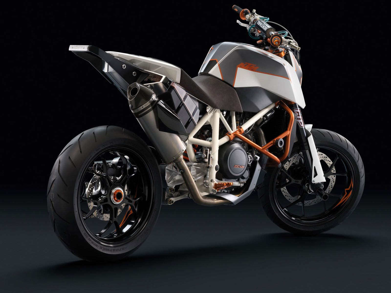 Ktm 690 smc r wallpapers for desktop - Ktm 690 Duke R Wallpaper Motorcycle Wallpapers