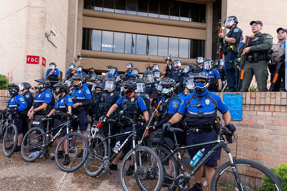 Pin On Black Lives Matter Protest Austin Pd Headquarters