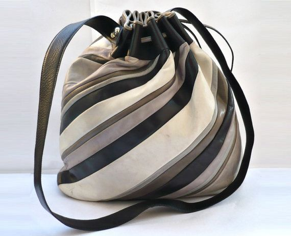 Drawstring bag with thick cords and preferably without a