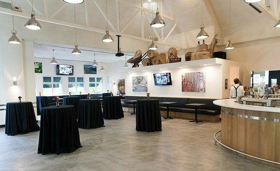 Weddings, parties, charity events, Big Rock Grill has your venue space, and food! http://www.tripadvisor.ca/LocationPhotoDirectLink-g154913-d682424-i115018512-Big_Rock_Grill-Calgary_Alberta.html#115018456