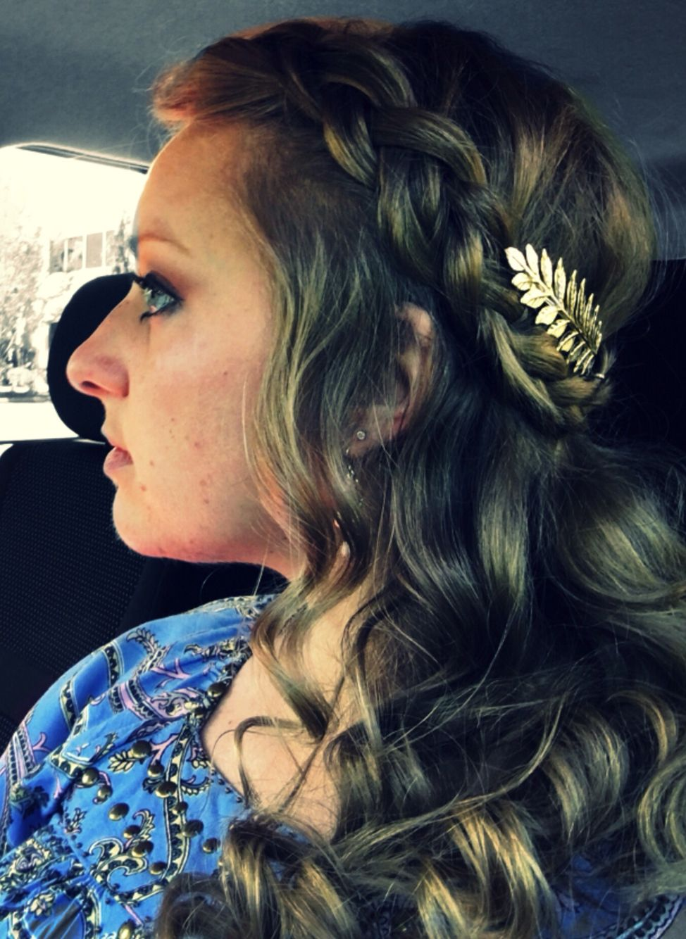 Grecian hairstyle. Gold leaf barrette. Braid and curls. Easy updo for work. Medium-long length hairstyle.