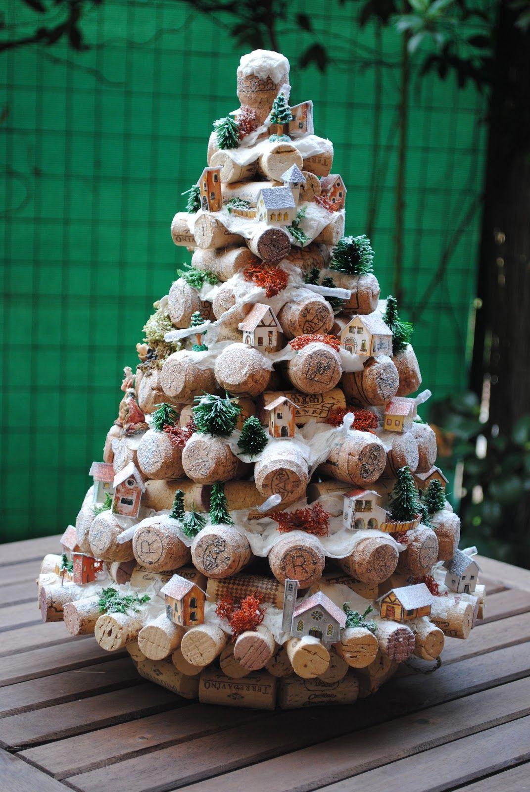 Centrotavola Natalizi X Bambini.Piattaforma Nellentroterra Fruttuoso Albero Di Natale Fai Da Te Con Tappi Di Sughero Bobina Venditore Rotto