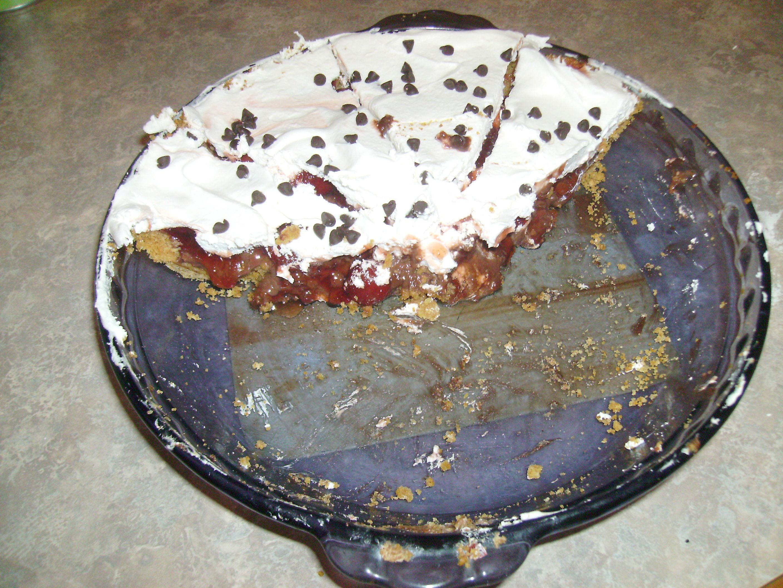 Chocolate Parfait Pie 1 Large chocolate pudding/pie filling mix 1 ...