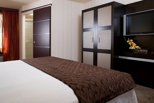 Gold Coast Hotel Casino Premium Rooms New Premium King Room Goldcoastcasino Com Room Suites Coast Hotels